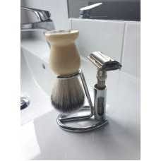 ARC Shaving Brush Compact Stand